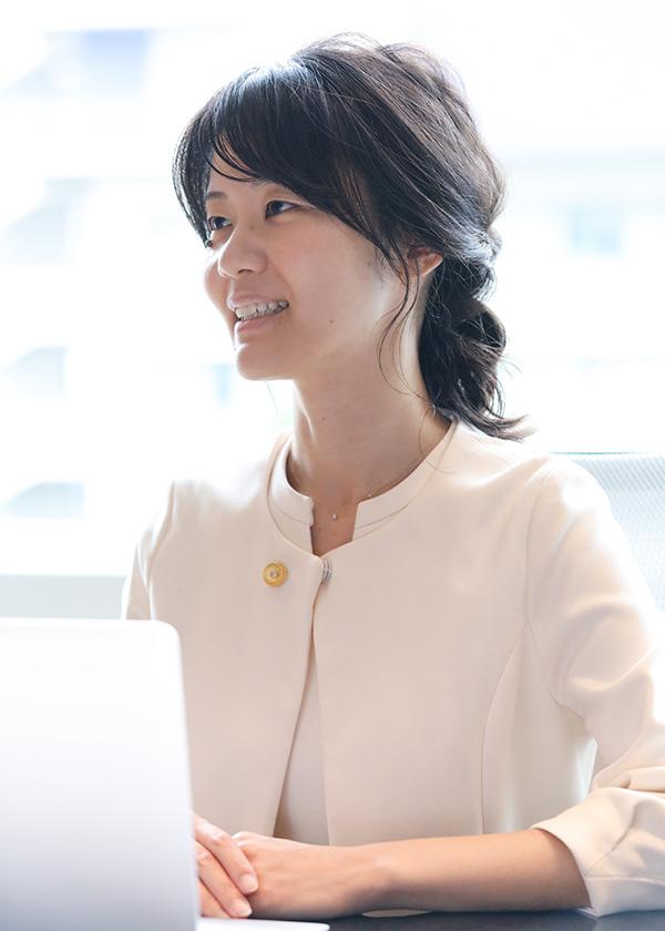 小島梓弁護士